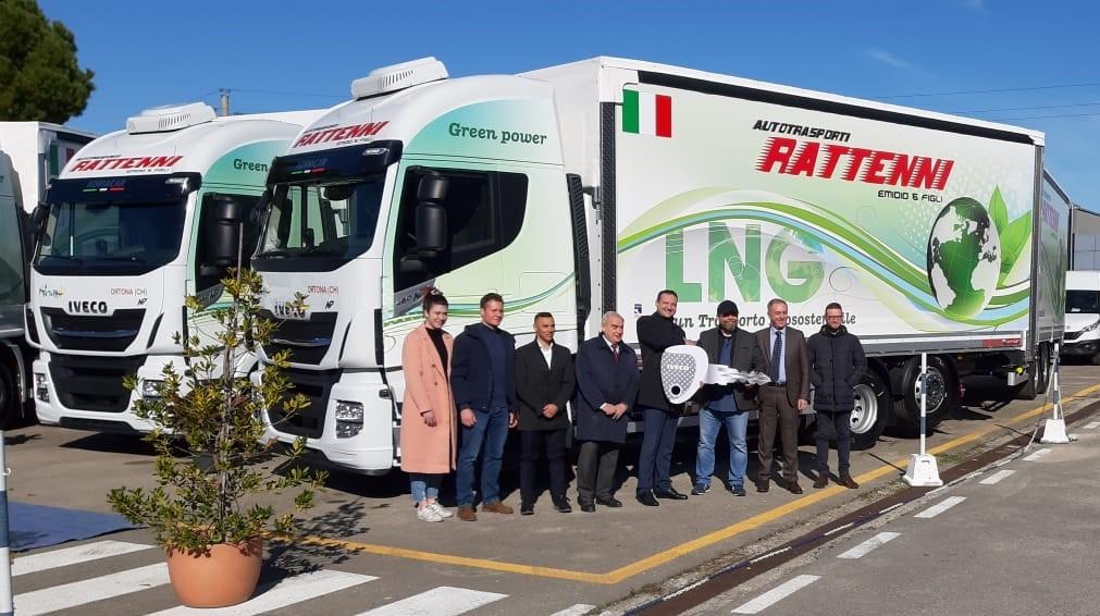 IVECO consegna a Rattenni tre Stralis a Metano